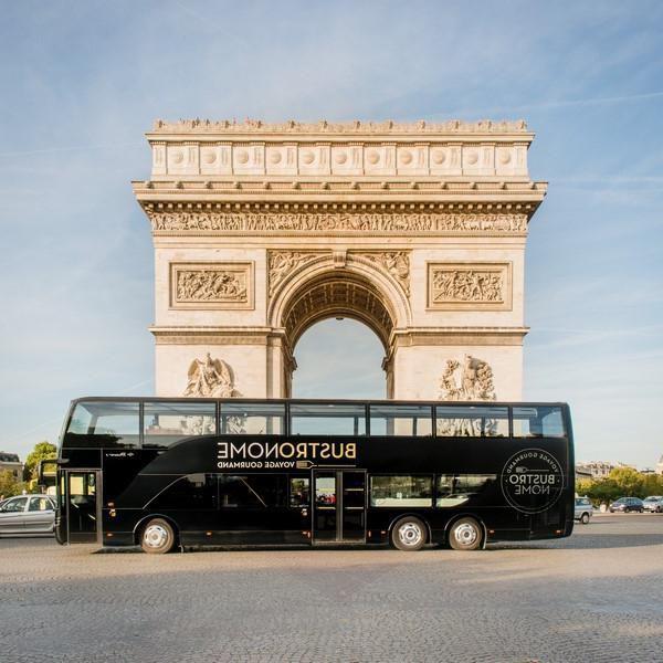 Dîner gastronomique à bord d'un bus 2