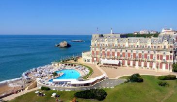 Séminaire à Biarritz hôtel piscine