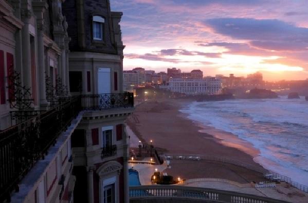 Séminaire à Biarritz plage