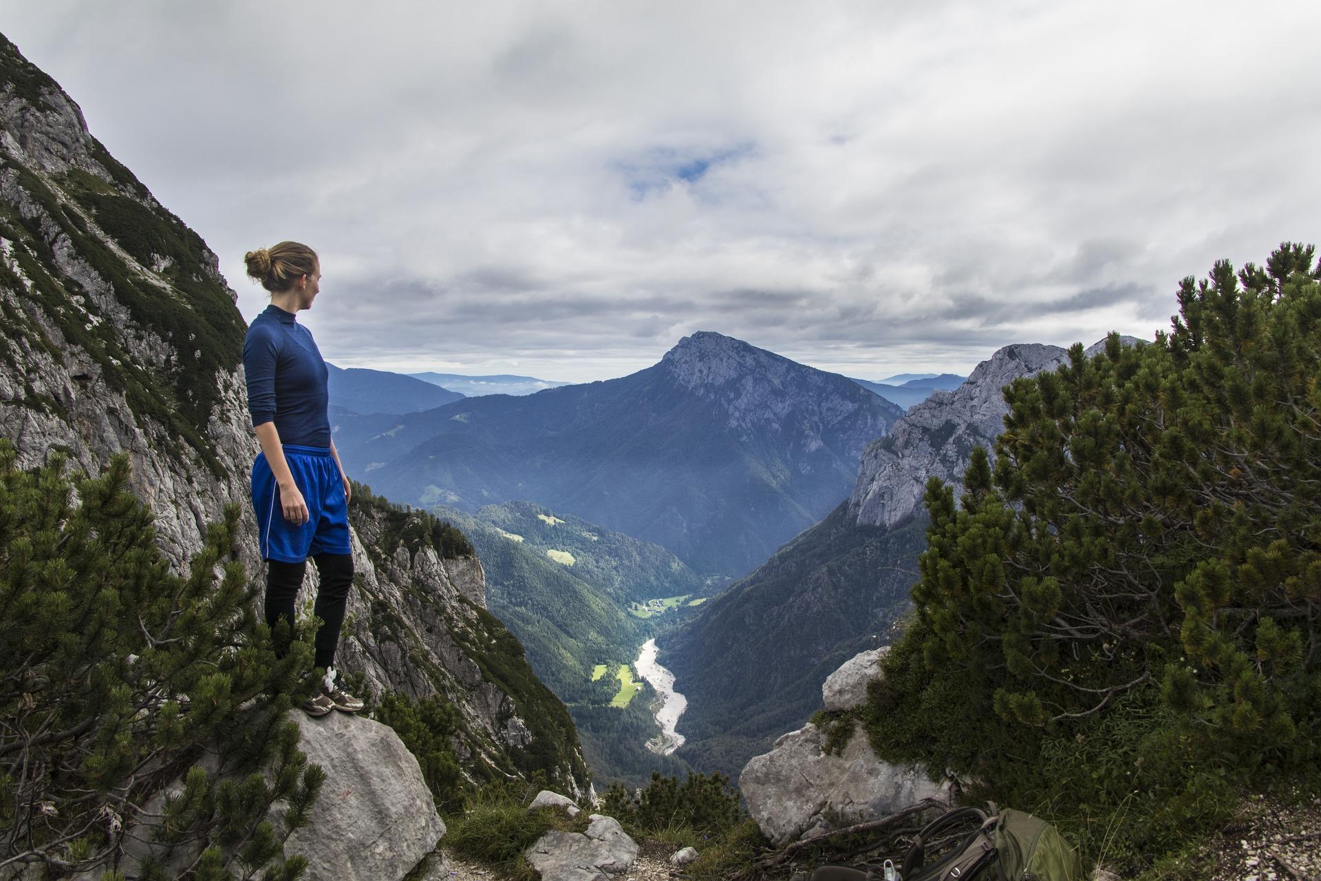 trekking Slovénie montagne, foret