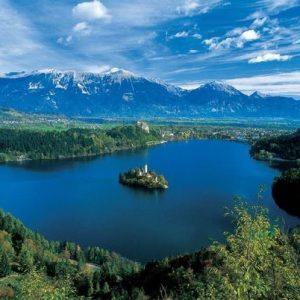 Voyage Incentive Slovénie vue panoramique lac et foret